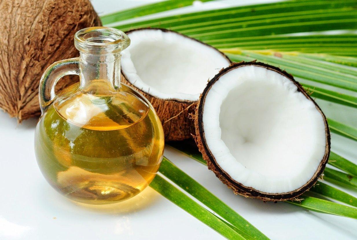 cara menghilangkan kutu rambut dengan kelapa